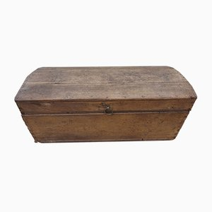 Rustic Solid Oak Dome Top Coffer Trunk or Chest, 1700s