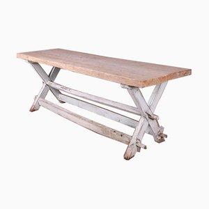 Französischer Tisch