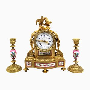 Horloge Pendule avec Bougeoirs Napoléon III en Bronze Doré et Porcelaine, 19ème Siècle, Set de 3
