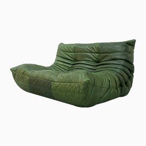 Sofá de dos plazas francés vintage de cuero verde bosque de Michel Ducaroy para Ligne Roset
