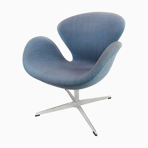 Sedia The Swan modello 3320 di Arne Jacobsen per Fritz Hansen, 2014