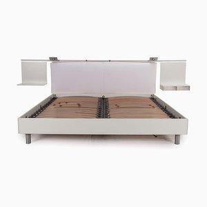 Weißes Bett mit Lattenrost von Rolf Benz
