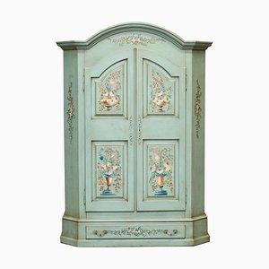 Vintage Handbemalter Blauer Kleiderschrank mit Floralen Details