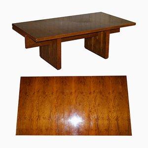 Sehr Großer Büroschreibtisch aus Eibenholz mit Holz Patina