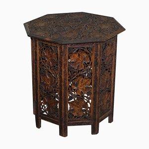 Großer antiker achteckiger handgeschnitzter birmanischer Beistelltisch aus Hartholz