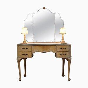 Art Deco Frisiertisch aus hellem Nussholz mit eingebauten Leuchten & dreifach klappbaren Spiegeln