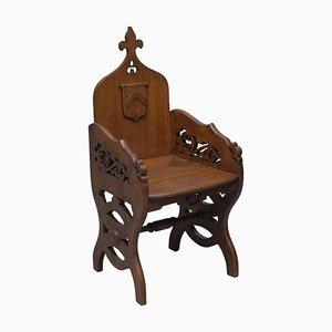 Viktorianischer Gothic Revival Armlehnstuhl aus Nussholz von Criddle & Smith