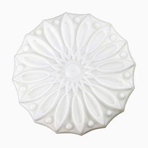Vintage Industrie Blumen Wandlampe aus weißem Opalglas