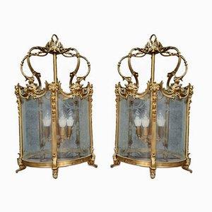 Linternas de bronce dorado y vidrio grabado, década de 1900. Juego de 2