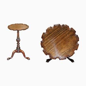 Antiker Lancaster Tisch aus Kiefernholz mit Kugelleuchte