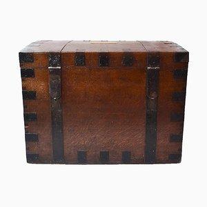 Antiker Reisekoffer aus Eiche