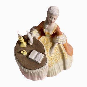 Vintage HN2330 Meditation Figurine aus Porzellan von Margaret Davies für Royal Doulton, 1971-1983