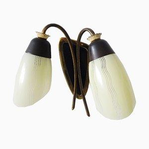 Messing Wandlampe mit Zwei Glasschirmen, 1950er