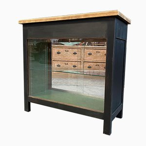 Small Oak Storefront Counter