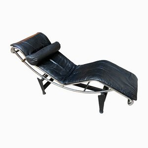 Chaise longue LC4 in pelle di mucca e pelle di Le Corbusier, 1966