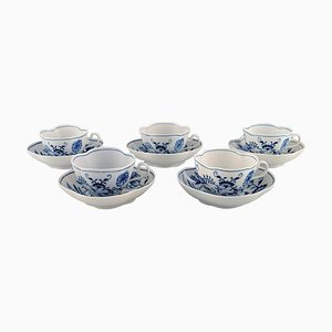 Onion-Patterned Coffee Cups with Saucers in Hand-Painted Porcelain from Meissen, Set of 10