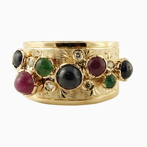 Diamanten, Smaragde, Rubine, blaue Saphire, 14 Karat Gelbgold Vintage Ring