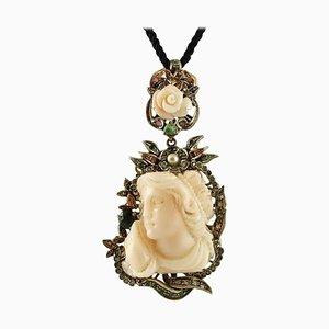 Pendentif ou Broche en Corail Rose, Émeraude, Rubis et Saphir en Or Rose ou en Argent Gravé