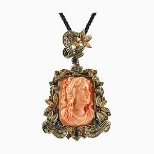 Handgefertigter Anhänger aus Gravierter Orangen Koralle, Diamant, Rubin, Blauem Saphir, Gold und Silber