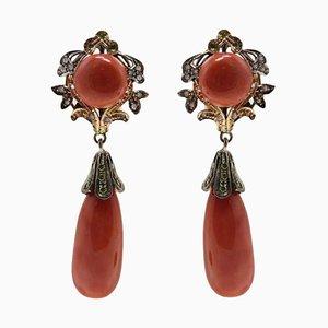 Handgefertigte Ohrringe aus roten Korallen, Saphiren, Diamanten und Roségold und Silber, 2er Set