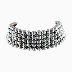 Collier Ras du Cou Artisanal avec Émeraudes, Perles Grises, Or Rose 9 Carats et Argent