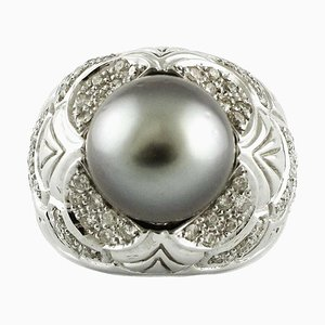 Handcrafted Gold Ring with Diamond and Gray Pearl