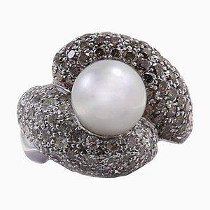 Handgefertigter Ring mit braunem und weißem Diamanten & Perle