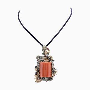 Handgefertigter Anhänger mit Diamanten, Saphiren, Smaragden, Rubinen & rechteckiger roter Koralle