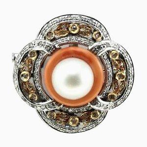 Handgefertigte Brosche oder Anhänger mit Diamanten, australischen Perlen, Orangen Korallen Ring & Weiß und Roségold