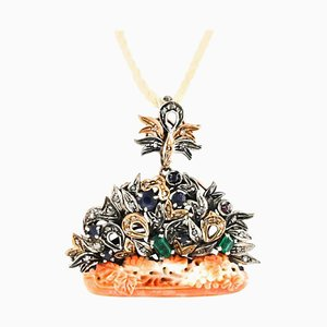 Broche ou Pendentif Corail Orange, Diamant, Rubis, Émeraude, Saphir, Or Rose et Argent