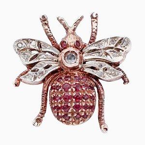 Diamant, Rubin, 9 Karat Roségold und Silber Fliegenring