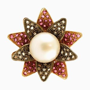 Grande Bague Fleur en Perle avec Diamants, Rubis, Or Rose 14 Carats et Argent