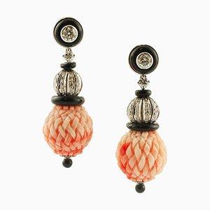 Boucles d'Oreilles Artisanales Sphères en Corail Rouge, Diamants, Agate Noire et Or Blanc, Set de 2