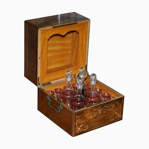 Viktorianische Likörbox aus Palisander mit Cranberry Glas Karaffen