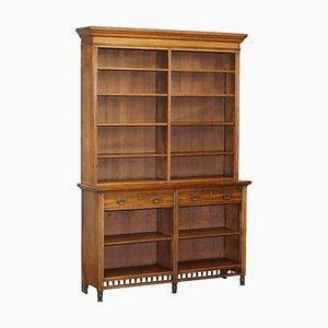 Viktorianisches Bücherregal aus Eiche mit Schubladen & Seriennummer von Maple & Co.