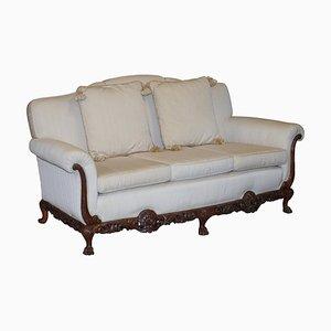 Verziertes 3-Sitzer Sofa aus geschnitztem Nussholz mit Löwentatzenfüßen