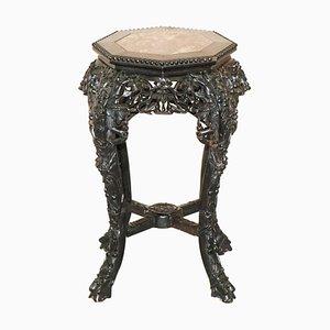 Chinesischer handgeschnitzter Pflanzenständer aus ebonisiertem Holz & Marmor, 19. Jh