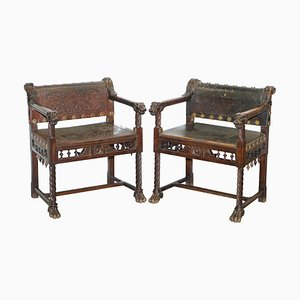 Italienische Armlehnstühle aus Nussholz & Leder mit Löwenköpfen & Pfotenfüßen, 1840er, 2er Set