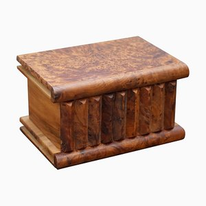 Antiker handgefertigter Schmuckkasten aus Nusswurzelholz