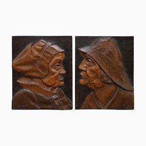 Handgeschnitzte Nussholz Portraits Fischer & Frau Drucke von J. Rozec, 2er Set