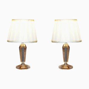 Lámparas de mesa pequeñas de vidrio tallado con pantallas. Juego de 2