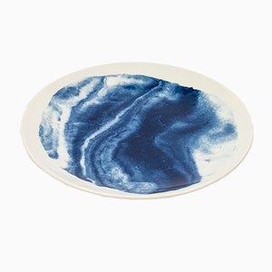 Plato de ensalada Indigo Storm de Faye Toogood para 1882 Ltd