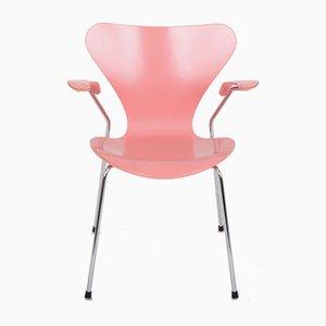 Sedia modello 3207 di Arne Jacobsen per Fritz Hansen