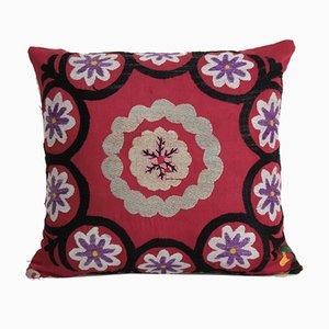 Federa Suzani vintage quadrata rossa di Vintage Pillow Store Contemporary