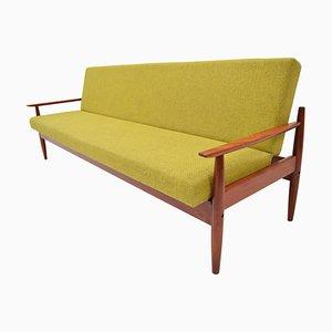Sofá cama Mid-Century plegable de Ton, años 60