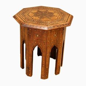 Kleiner Anglo-Indischer Sechseckiger Teakholz Tisch