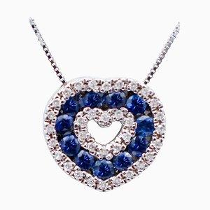 Herzförmige Halskette mit Anhänger aus Blauem Saphir, Diamanten & 18 Karat Weißgold