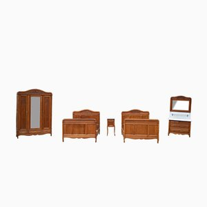 French Art Nouveau Twin Bedroom Furniture in Solid Carved Oak, Set of 5