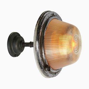 Industrielle Vintage Wandlampe aus gestreiftem Glas & Gusseisen