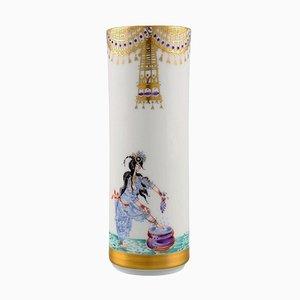 Meissen Vase aus Porzellan mit Motiven